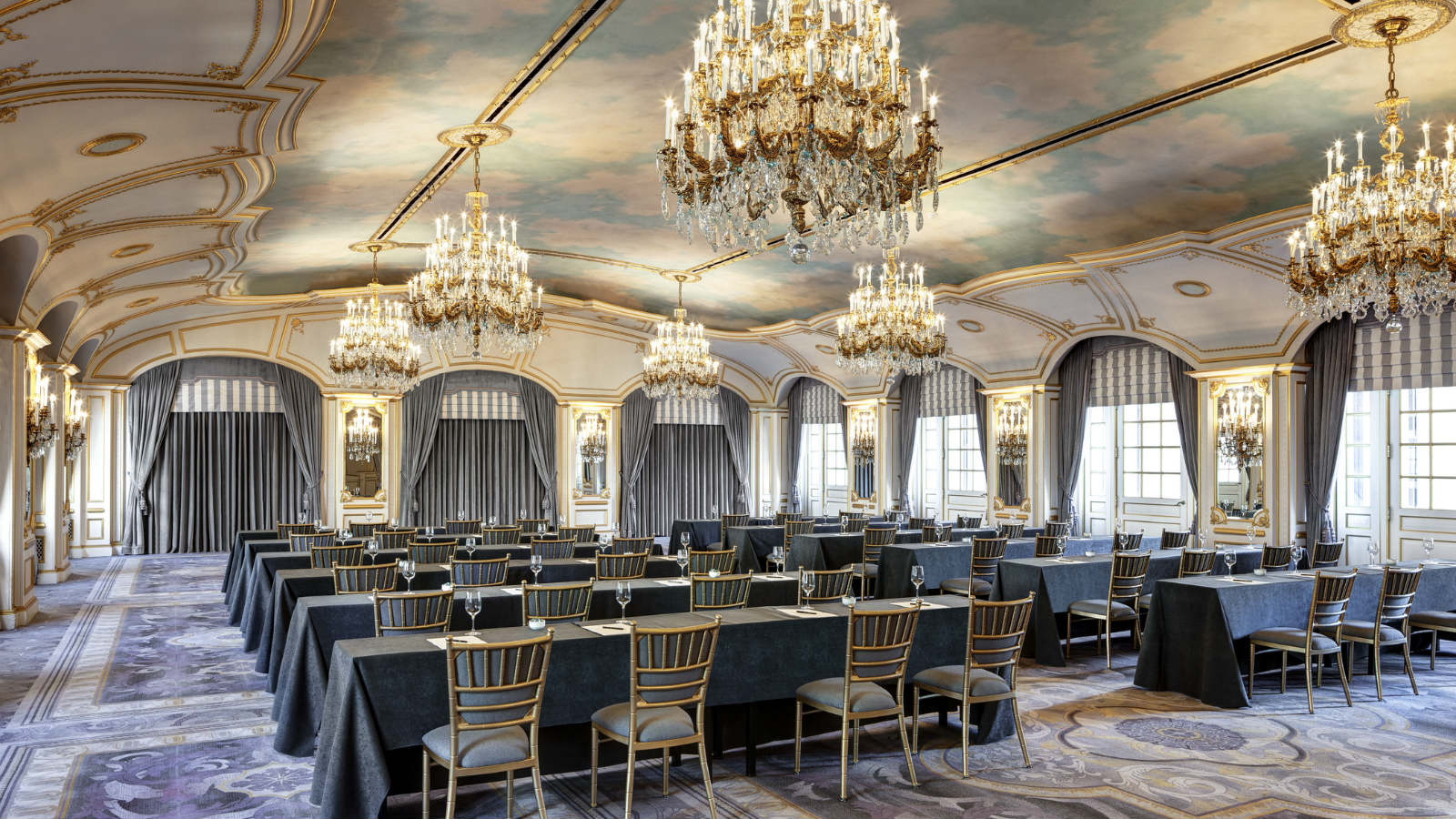 Event venues nyc business hotel the st regis new york for Unusual wedding venues nyc