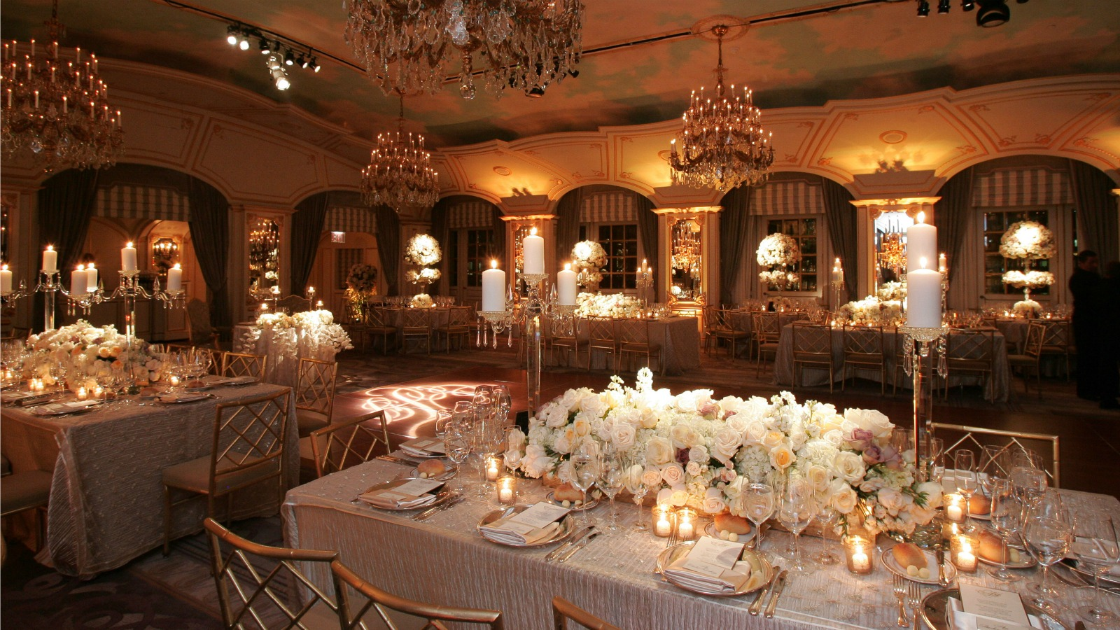 Wedding venues manhattan nyc the st regis new york for Small wedding venues ny